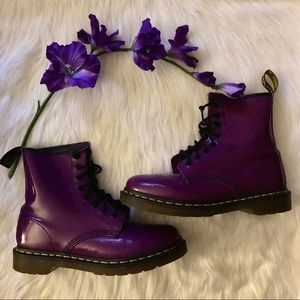 Dr.Martens Original Patent Leather Boot,Size-8W/7M